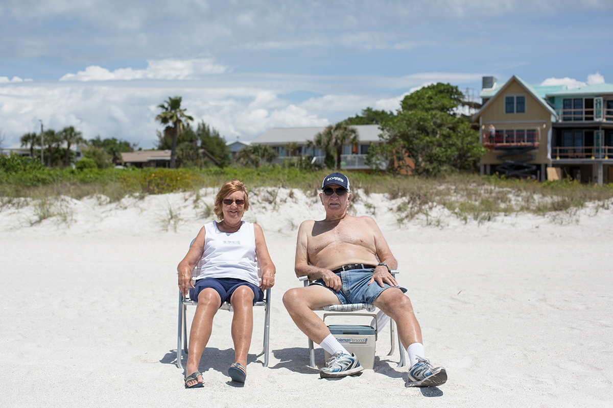 """Bradenton is a city in Manatee County, Florida, USA. 2016 population to be 54,437. (originally spelled """"Bradentown"""") was explored in 1539 by the Spanish during the famous expedition led by Hernando De Soto. Holmes Beach. Thad Danor and Carry from Ohio. They are living already for a long time in Bradenton."""