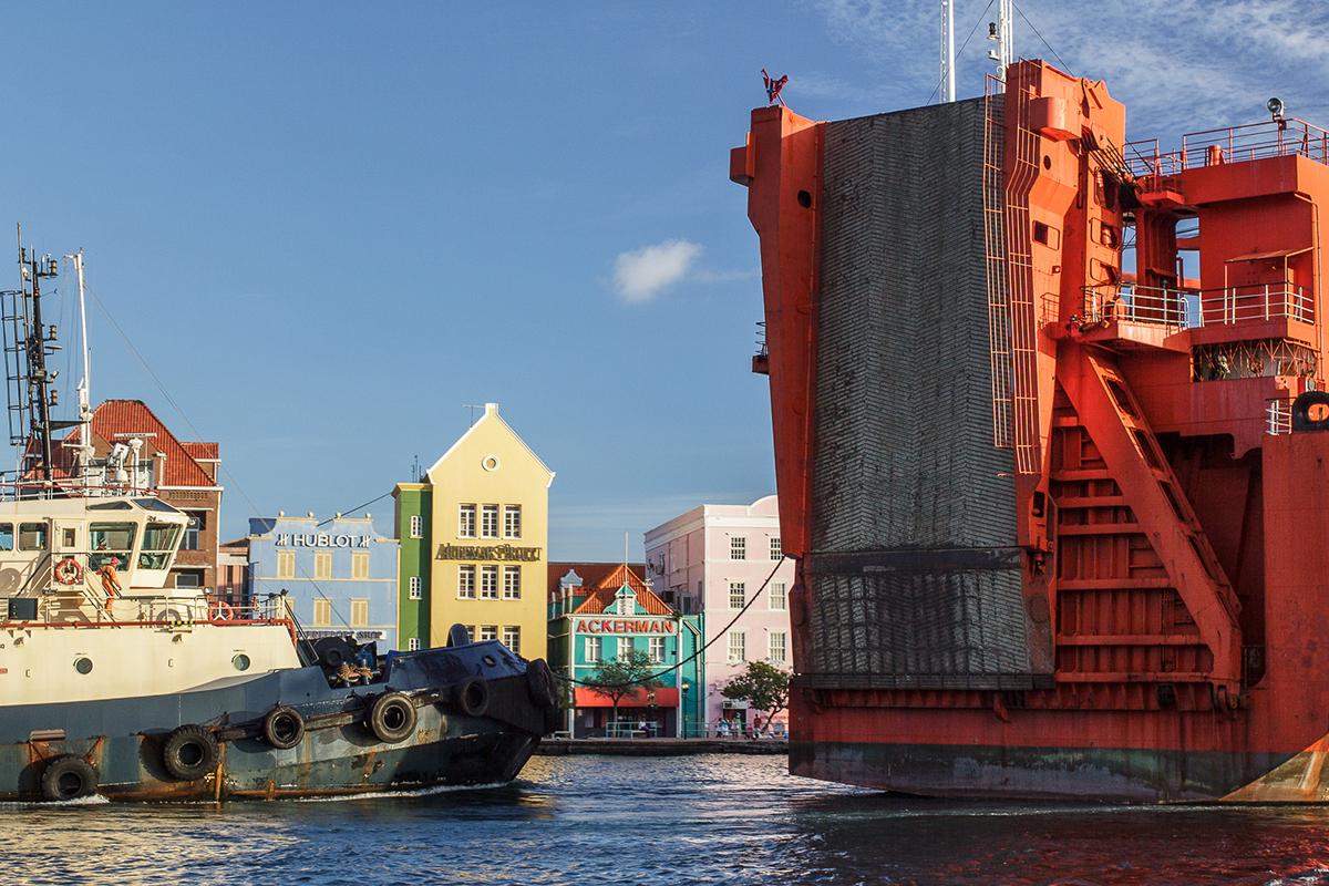 Curacao_Cargo